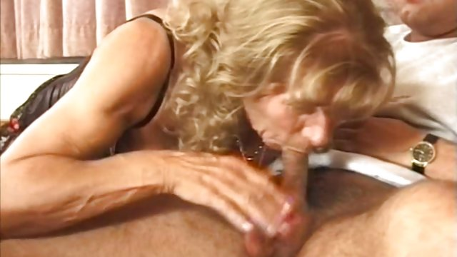 Girl fingering herself and squirting